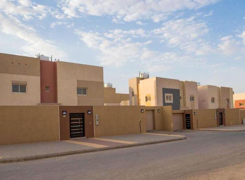 إنشاء (30 ) وحدة سكنية ومشاريع مختلفة بجديدة عرعر